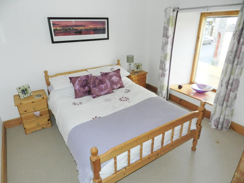 croft-ahbedroom2.JPG