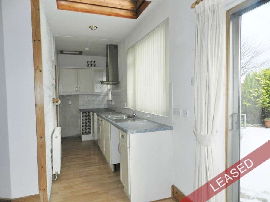 RT10_kitchen.JPG