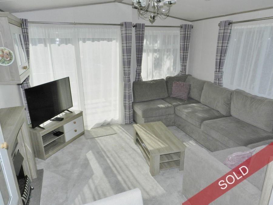 stdavid_lounge2.JPG