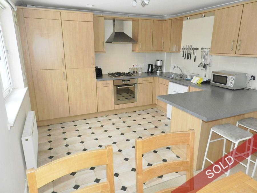 newlands18_kitchen.JPG