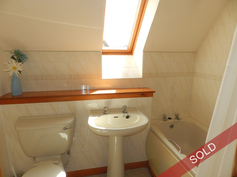 gramp30_bathroom.JPG